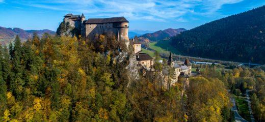 Oravský hrad a Oravská lesná železnica opäť otvorené