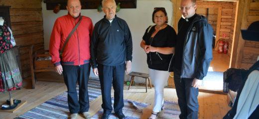 J. Em. Mons. Jozef kardinál Tomko navštívil expozície Oravského múzea