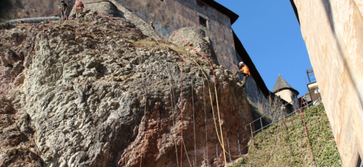 Odstránenie náletových drevín na vonkajšom brale Oravského hradu